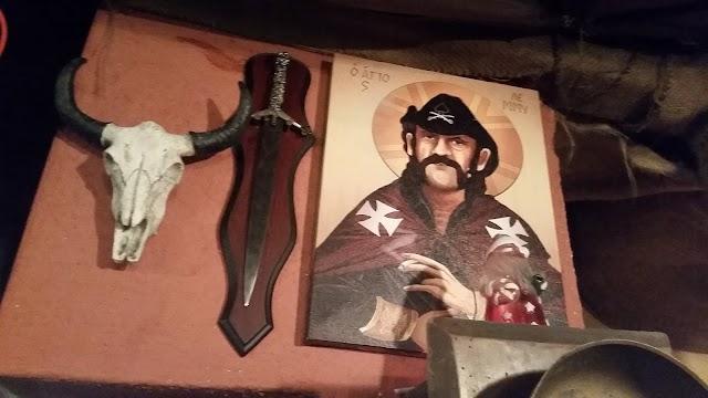 Bild des Tages - Makedonische Lemmy Ikone