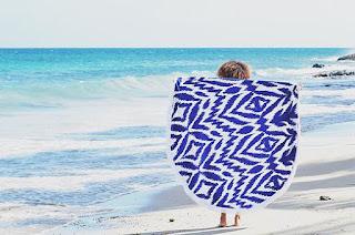 Serviettes de plage rondes plage mer