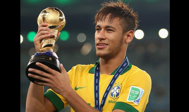 Gaji 30 Milyar Sebulan Di PSG , Pemain Bola Asal Brazil Kini Jadi Pemain Termahal