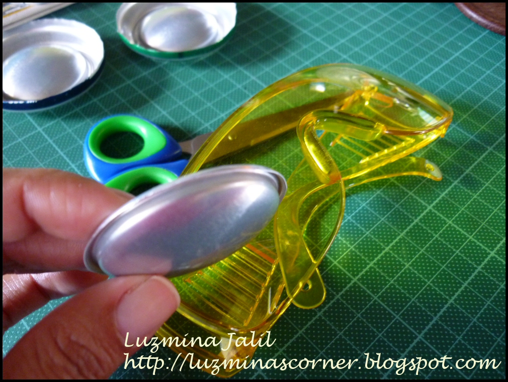 Luzmina\'s Corner: Reciclemos el fondo de una lata de aluminio