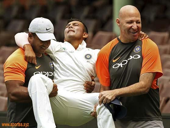 INDIA vs AUSTRALIA: वॉन का भारत को सुझाव, चोटिल पृथ्वी की जगह इस खिलाड़ी को मौका दें सकते है