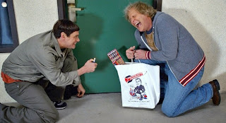 Phim hài mới của Jim Carrey hạ bệ Big Hero 6