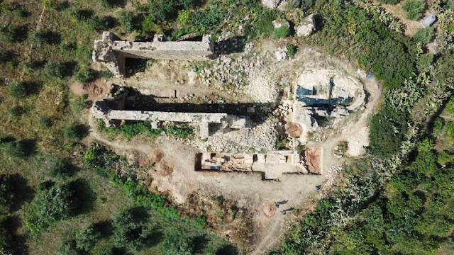 Archaeologists discover medieval graves in Sicily