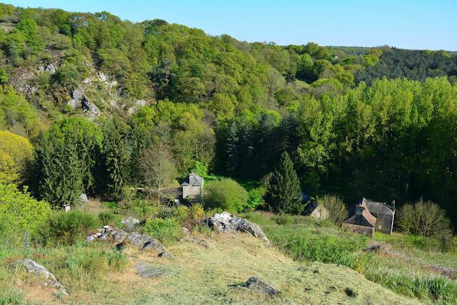 vue sur la vallée de l'Erve