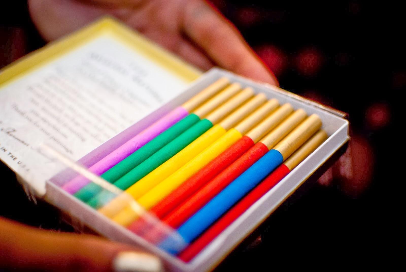 China Electronic Cigarettes, E Liquid, E-Liquid supplier ...  Colored Smoke Cigarettes
