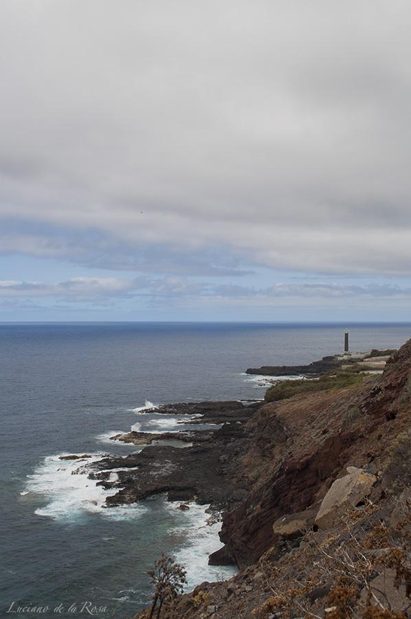 Faro de Punta Cumplida situado en el municipio de Barlovento en la isla de La Palma, islas Canarias
