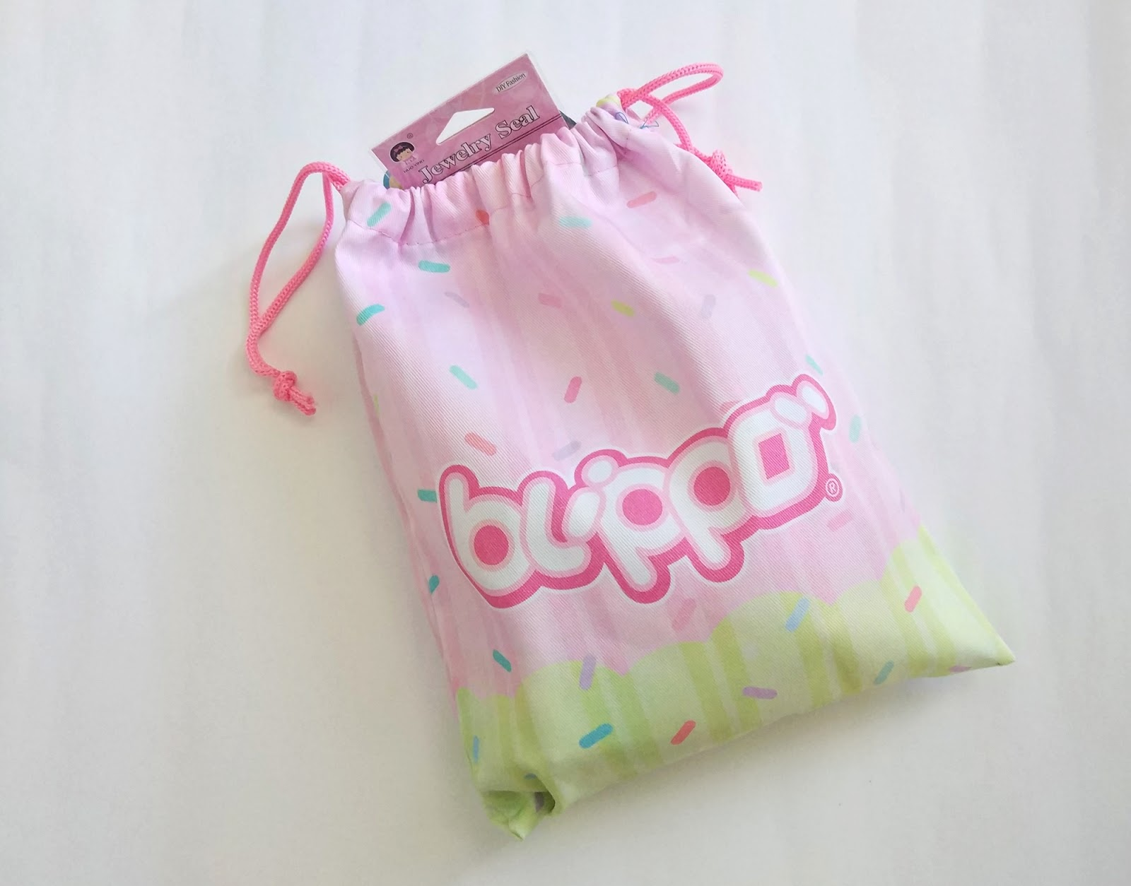 Blippo Surprise kawaii Stationary Bag