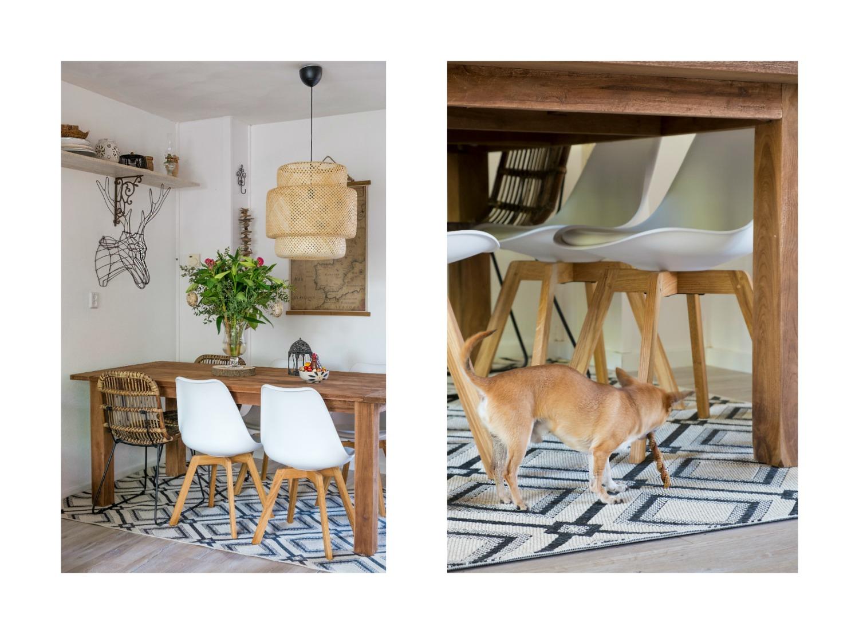 Onze stoelen zijn een mix van 4 moderne stoelen en 2 rotan stoelen met zwart ijzer.