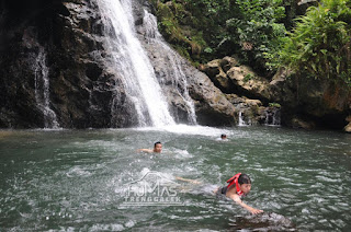 Wabup Arifin Coba Keseruan Bermain Air di Banyu Nget