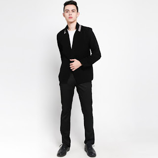 Grosirjaket Korean Style Jas Blazer Casual Pria - Hitam