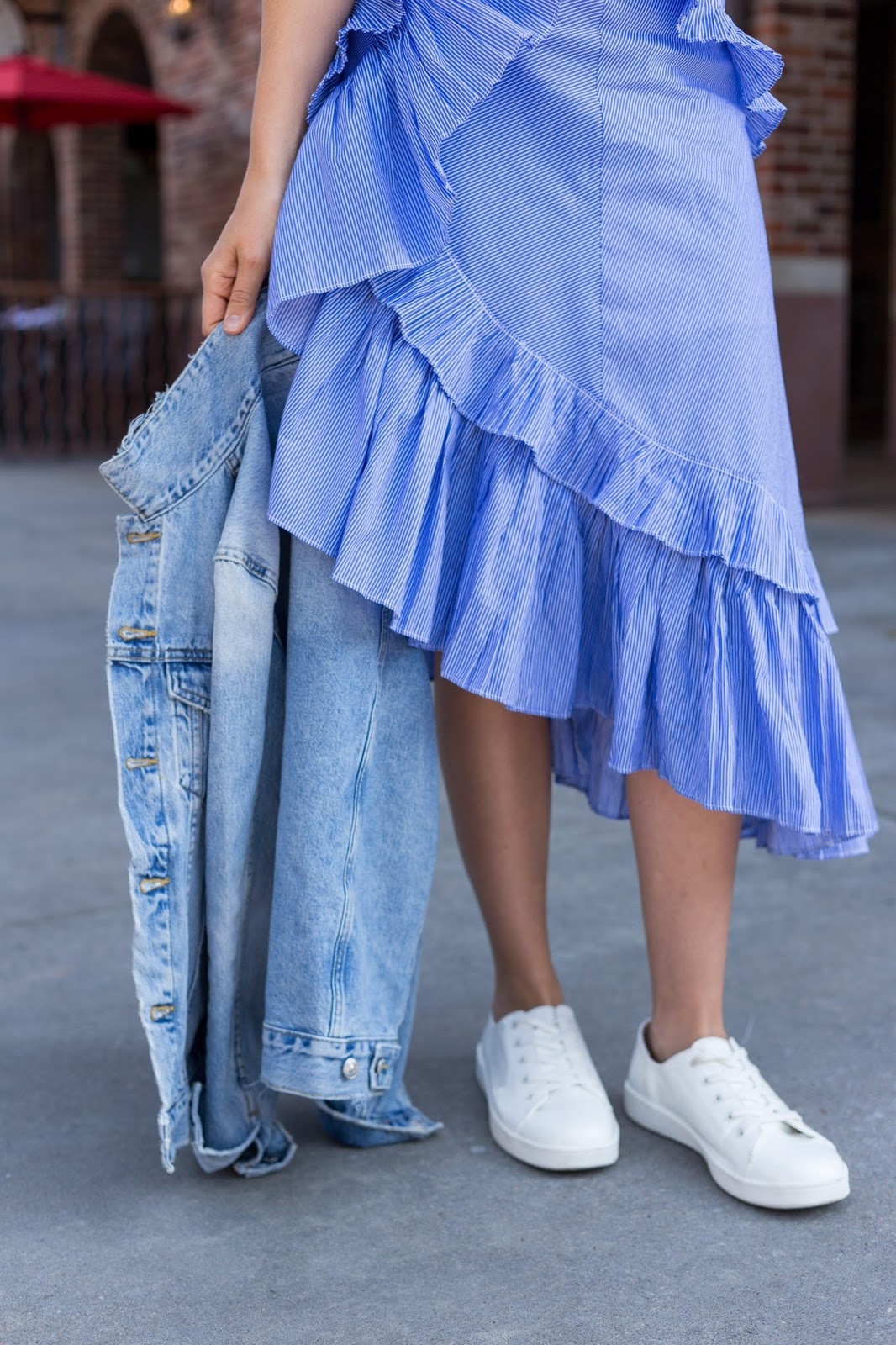 ruffle skirt with sneakers