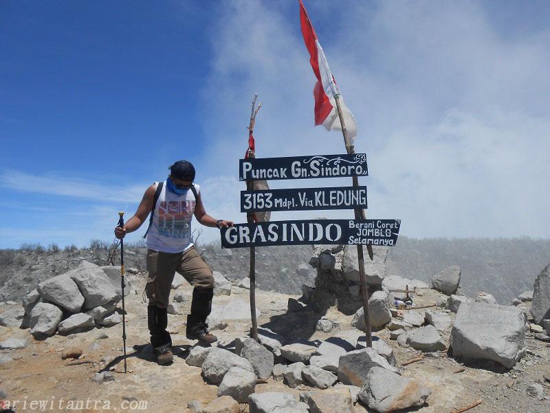 Pendakian Gunung Sindoro Via Sigedang Sikatok Tambi Arie Witantra