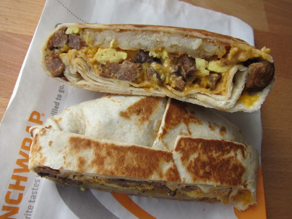 Review Taco Bell - Steak Am Crunchwrap  Brand Eating-6551