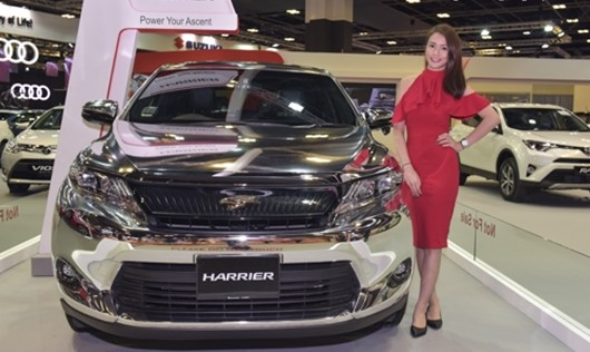 New Toyota Harrier Equipped with Turbo