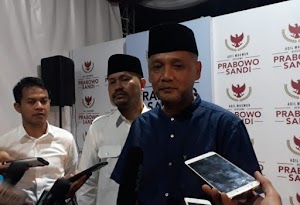 Prabowo Ditolak Shalat Jum'at di Masjid Agung Semarang, KH Irfan Yusuf Angkat Bicara