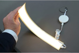 LG Display Showcases Flexible OLED Lamps Claimed to Survive Up to 13 Years