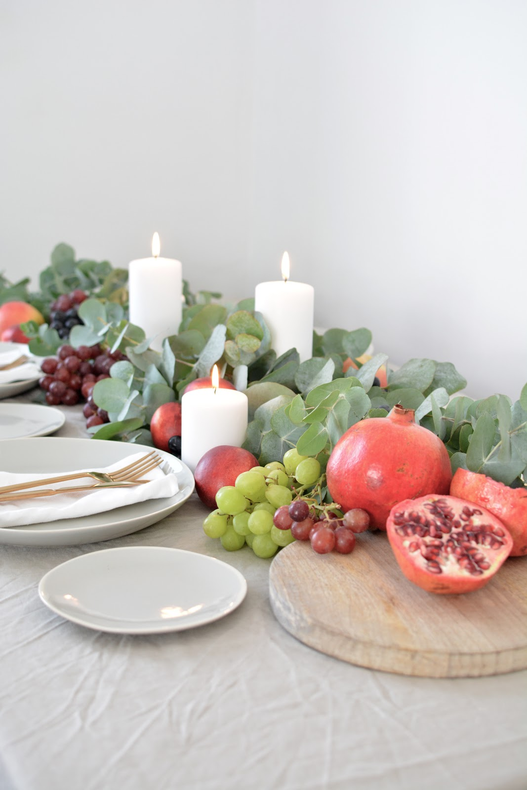 thanksgiving table runner, fall table settings