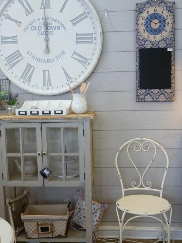 la demoiselle d 39 avignon un petit air de campagne. Black Bedroom Furniture Sets. Home Design Ideas