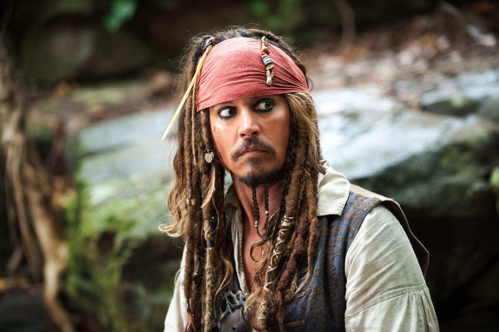 Pirates: Digitista MediaWave: Mermaids Save The Pirates -- Pirates