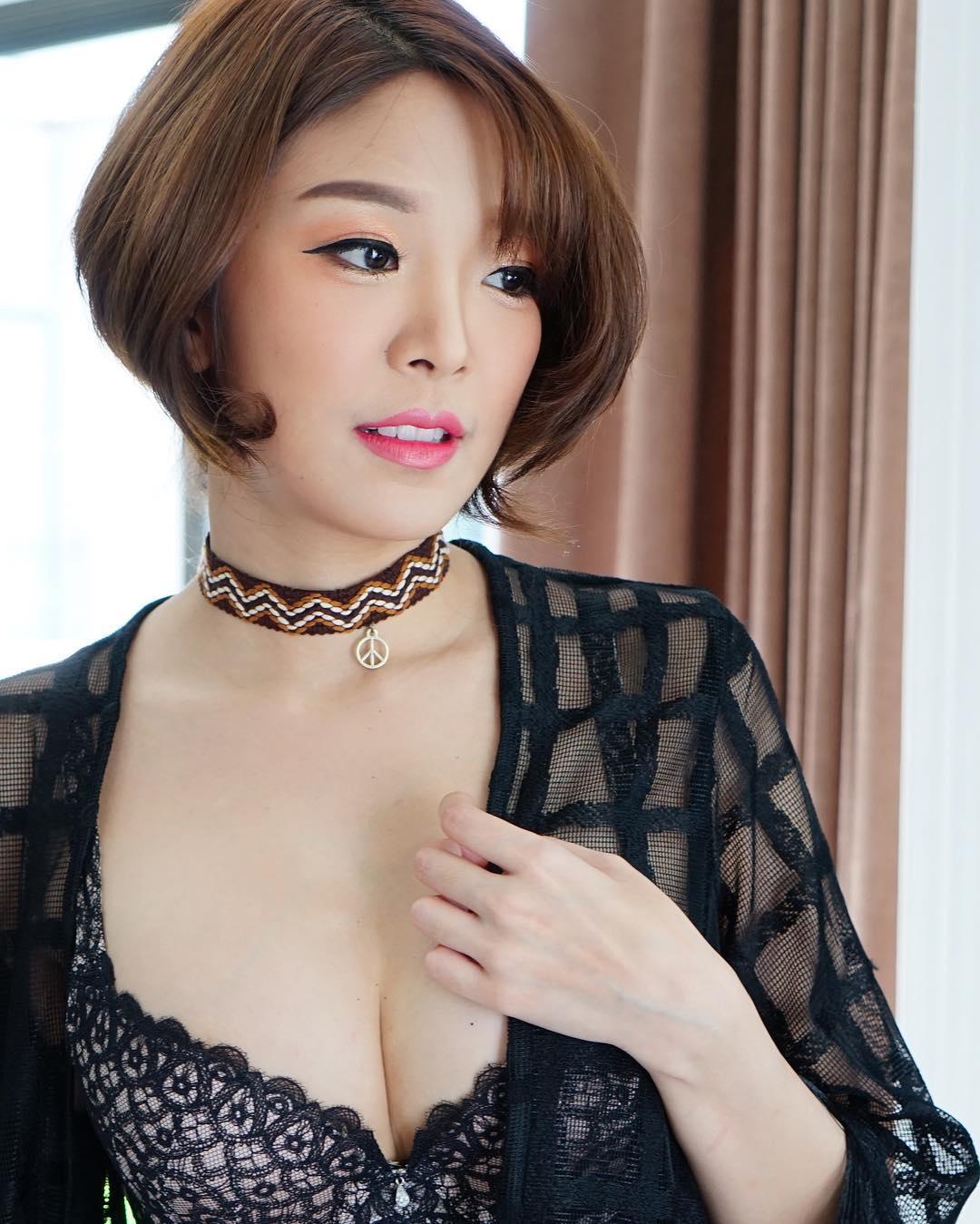 Yae Nontaporn Teerawatanasuk Hot Pic