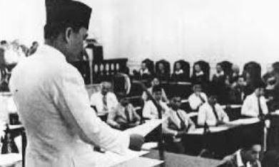 Hasil Sidang PPKI tanggal 18 Agustus 1945