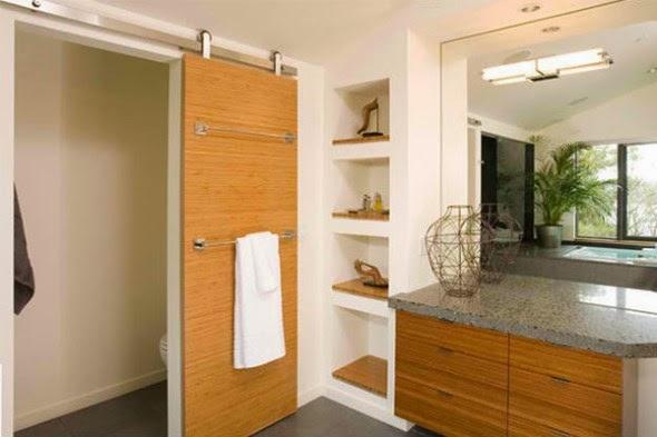 Contoh pintu kamar mandi berbahan kayu cocok untuk kamar mandi kering