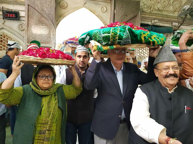 Ajmer, Rajasthan, Ajmer Dargah, Dargah Sharif, Khwaja Gareeb Nawaz, Congress Leader, Salman Khurshid, Kashmir Issue, Salman Khurshid in Ajmer, Ajmer News, Rajasthan News