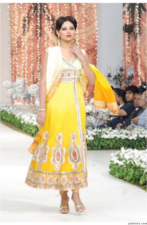 2a04acb278 Latest Salwar Kameez Designed for Girls | Fashion Knowledge