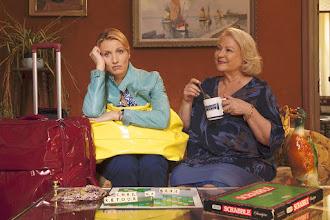 Cinéma : Retour chez ma mère, de Eric Lavaine - Avec Alexandra Lamy, Josiane Balasko, Mathilde Seigner