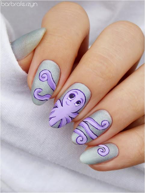 ośmironica na paznokciach