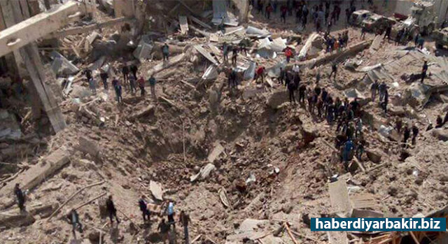 DİYARBAKIR-Diyarbakır Valiliği tarafından Emniyet Müdürlüğü Bakım Onarım Şube Müdürlüğüne yönelik gerçekleştirilen saldırıya ilişkin yapılan yazılı açıklamada, saldırıda bir ton bomba kullanıldığı ve olay ile doğrudan ilişkisi olduğu değerlendirilen 5 şüphelinin gözaltına alındığı belirtildi.