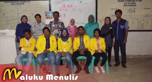 Mahasiswa KKN STIE UMEL Lengkapi Administrasi Desa 100 Persen