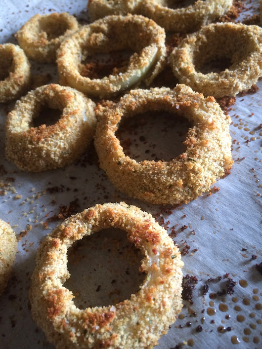 "Tracy's Living Cookbook: Oven-Baked Onion Rings (from ""Appetite for Reduction"")"