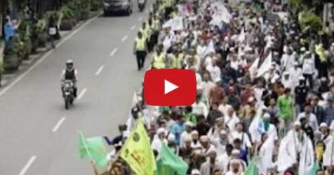 VIDEO: Perjuangan Penuh Haru Para Santri Dari Ciamis Kobarkan Semangat Juang Membela Islam