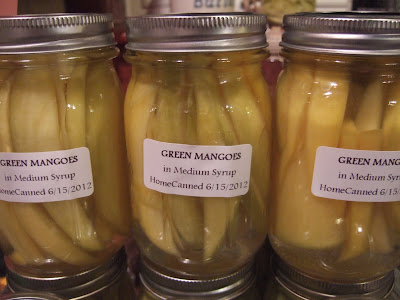 Green mangoes in medium syrup