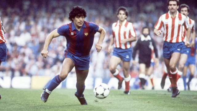 Players wore No.10 in FC Barcelona - Maradona