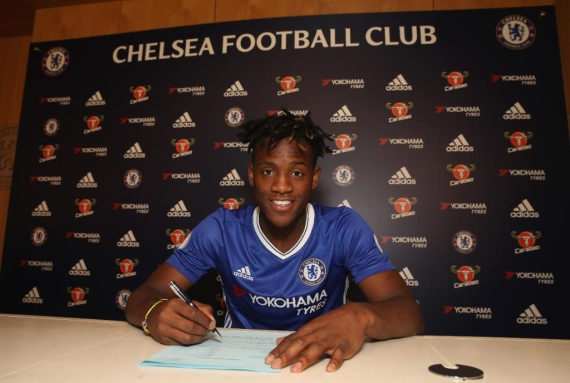 Michy Batshuayi will wear the number 23 shirt at Chelsea.