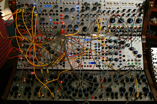Un Buchla 200e / photo : Michael Tiemann