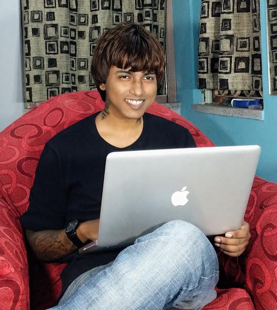 Sourajit Saha With Macbook Pro 4