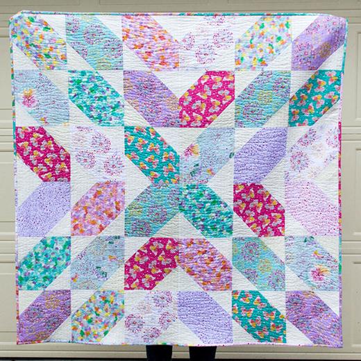 Fat Quarter Fancy Quilt Free Pattern designed by Caroline of SewCanShe