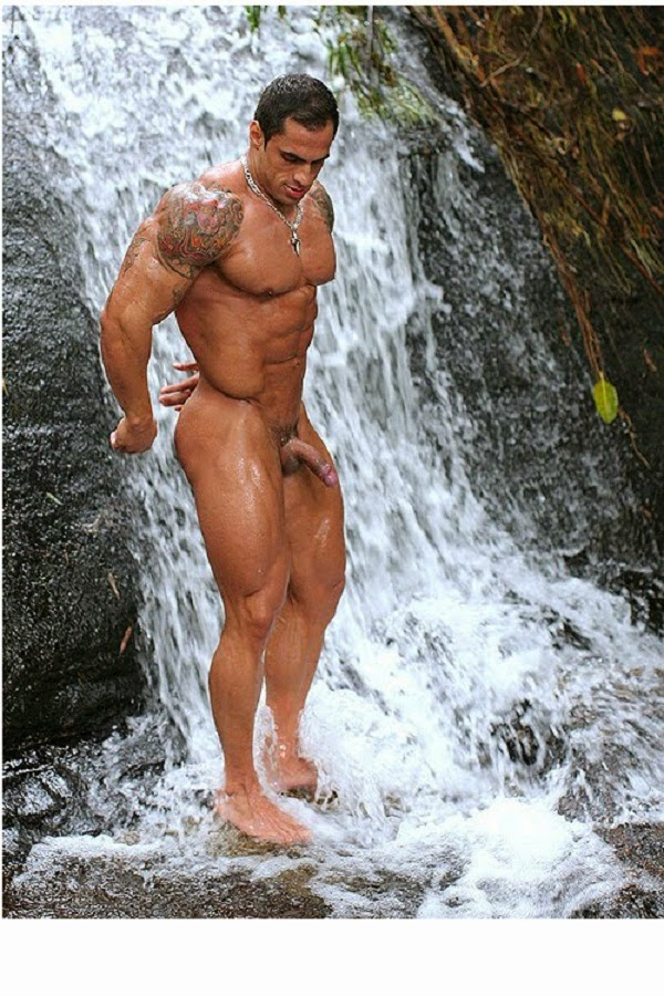 naked-amateur-male-bodybuilders