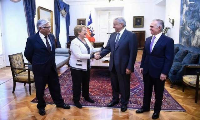 Así recibió Michelle Bachelet a Andrés Manuel López Obrador en el Palacio de la Moneda