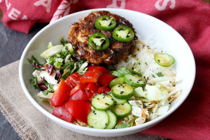 This Crab Cake Buddha Bowl is is a wonderful way to enjoy a meal packed with lots of crunchy veggie and seafood deliciousness in one dish.