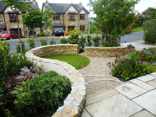 model desain taman di depan rumah