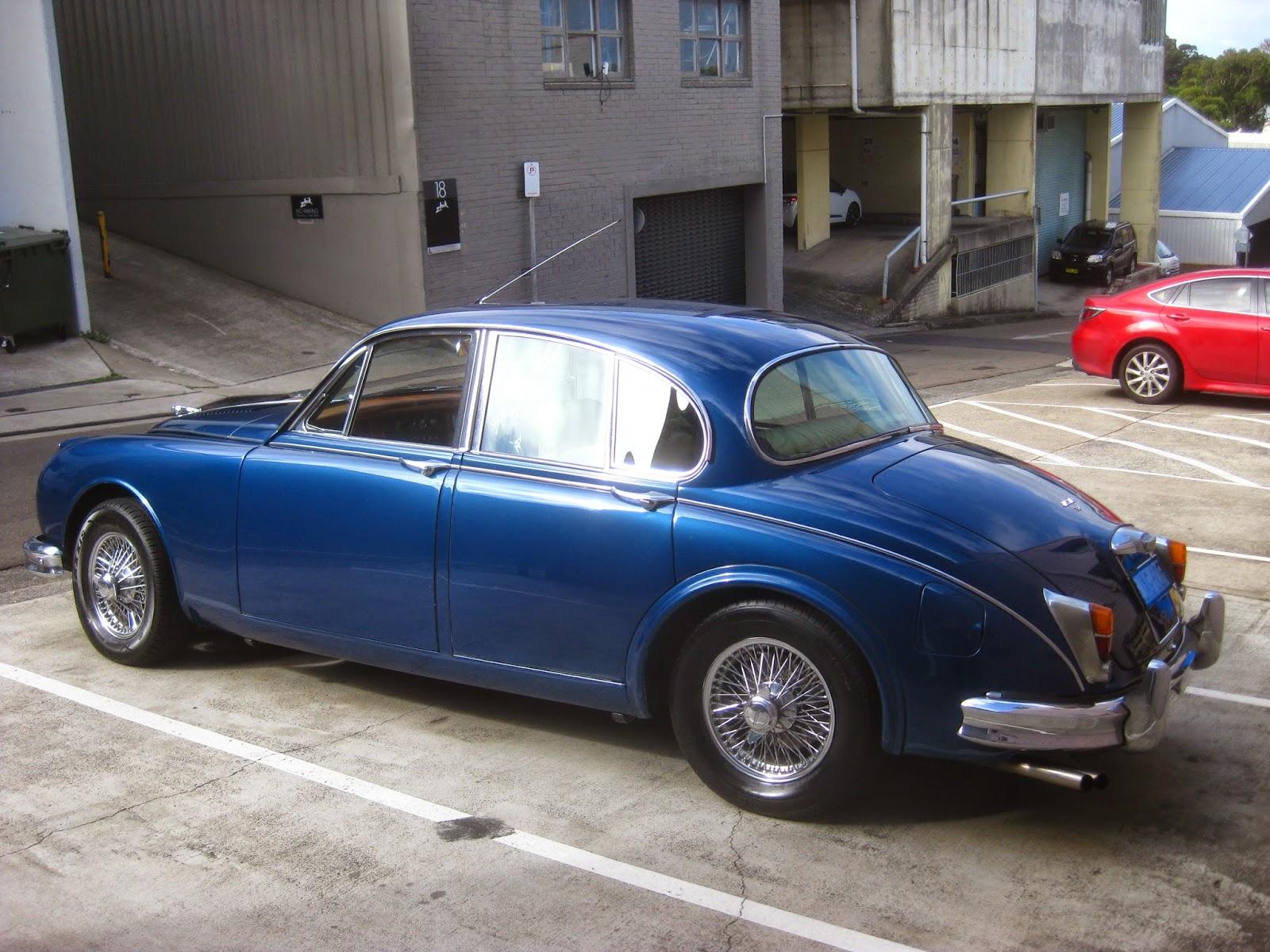 Aussie Old Parked Cars: 1960 Jaguar Mark 2 3.8 Litre