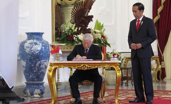 Kemenlu Bantah Pertemuan Presiden Jokowi dan Sekjen Partai Komunis Vietnam Soal Ideologi Negara