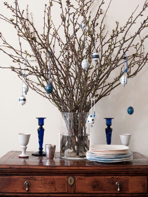 Blue beaded easter egg tree