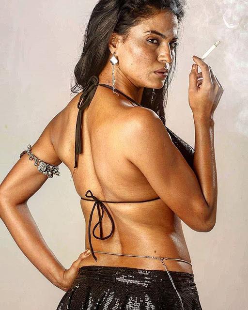 Veena Malik Hot Images
