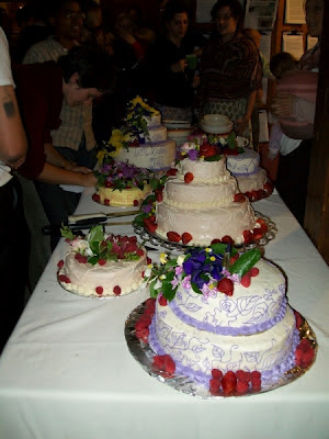 how to cut a wedding cake video s february 2012 15632