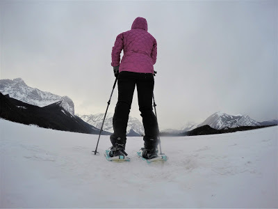 snowshoeing upper kananaskis lake